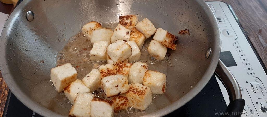 आईडी नेचुरल पनीर पकाते समय