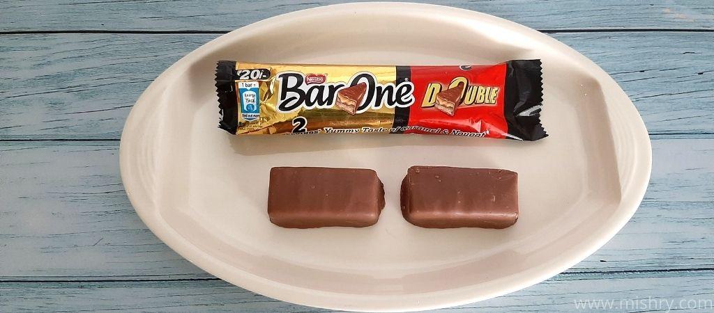 नेस्ले बार वन चॉकलेट के एक पैक में दो बार आती हैं