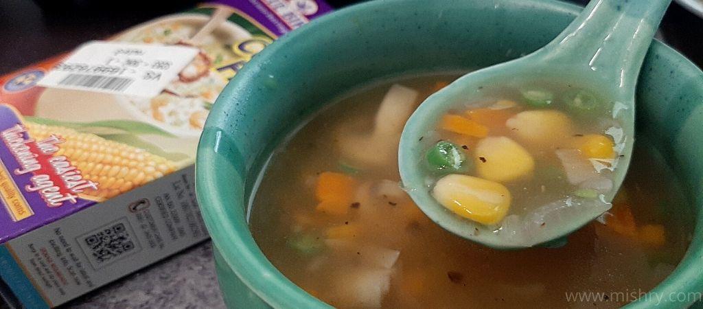 ब्लू बर्ड कॉर्नफ्लोर से बनाया गया सूप