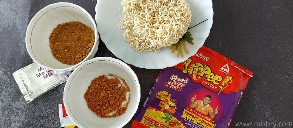 यप्पी मूड मसाला नूडल्स की सामग्री
