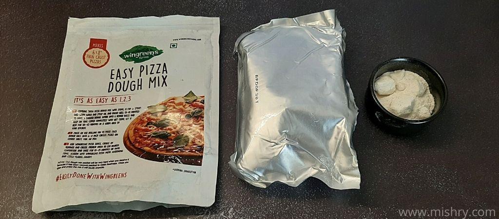 विनग्रीन्स फार्म्स ईज़ी पिज़्ज़ा आटा मिक्स - पैकेजिंग