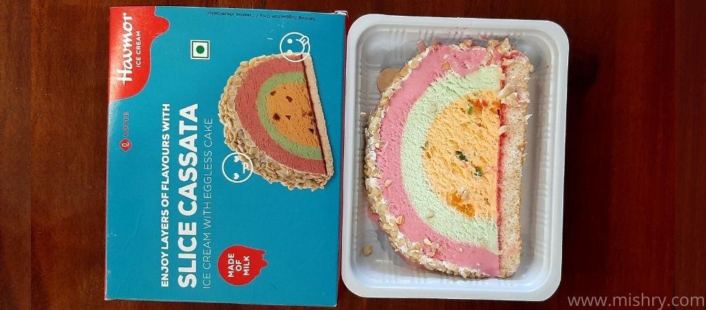 हैवमोर कसाटा के केक का स्वाद बासी लग रहा था