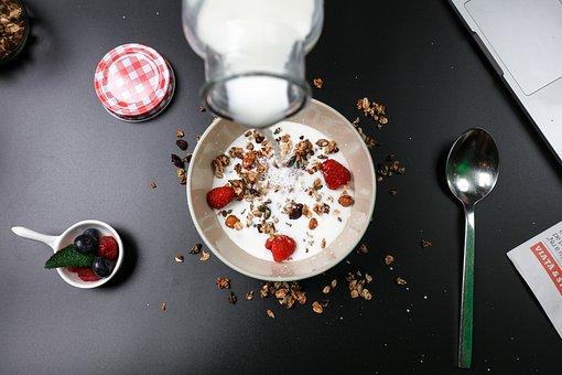 berry-breakfast-mishry