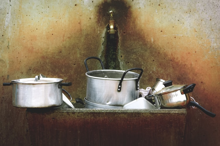 How To Clean Aluminum Cookware