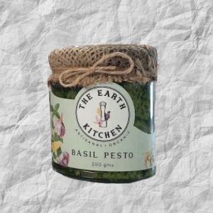 the-earth-kitchen-basil-pesto